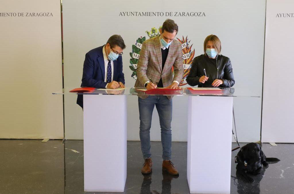 Firmado convenio de colaboración entre el Ayuntamiento de Zaragoza, el Colegio de Veterinarios de Zaragoza y la Asociación de Usuarios de Perros Guía de Aragón